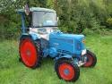 Präsentation von Oldtimer-Traktoren