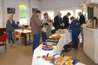 Die Freiwillige Feuerwehr Sillenstede servierte Kaffee und Kuchen.